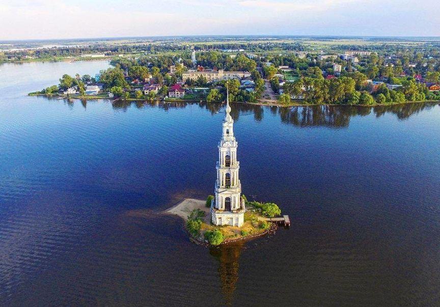 gorod-tver-i-tverskaya-oblast-dostoprimechatelnosti-foto-kalyazin-kolokolnya-nikolskogo-sobora