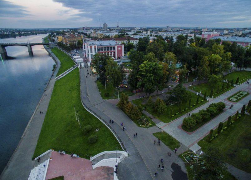 gorod-tver-i-tverskaya-oblast-dostoprimechatelnosti-foto-tsentr-tveri-naberezhnaya