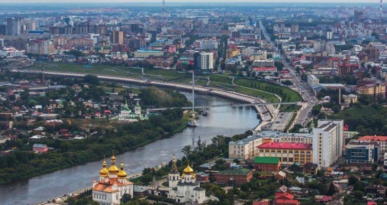 sibir-otdyh-i-puteshestviya-v-tyumen-i-oblast-gorod-tyumen-naberezhnaya-tsentr-goroda-reka-turu