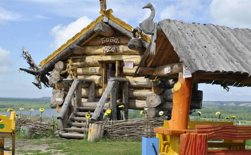 tobolsk-selo-abalak-izbushka-baby-yagi-turisticheskij-kompleks