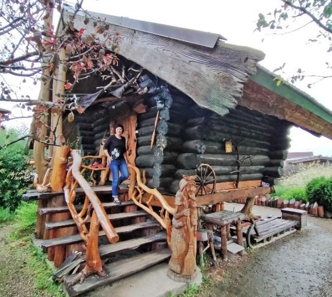 tverskaya-oblast-dostoprimechatelnosti-foto-gorod-kalyazin-tverskaya-oblast-dom-v-usadbe-baby-yagi-muzey