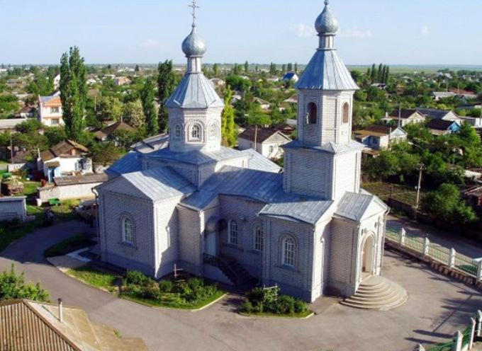 volgograd-i-oblast-dostoprimechatelnosti-foto-poselok-ilovlya-volgogradskoj-oblasti-tserkov-dmitriya-donskogo