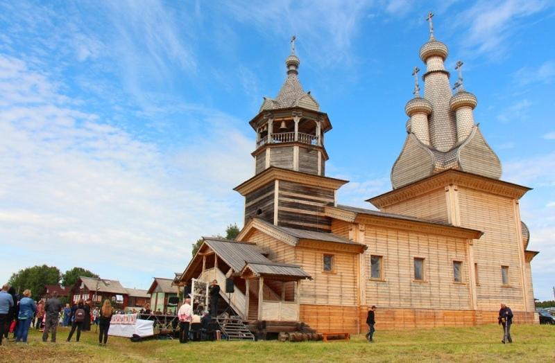 arhangelsk-i-oblast-dostoprimechatelnosti-foto-odigitraevskaya-tserkov-kizhma