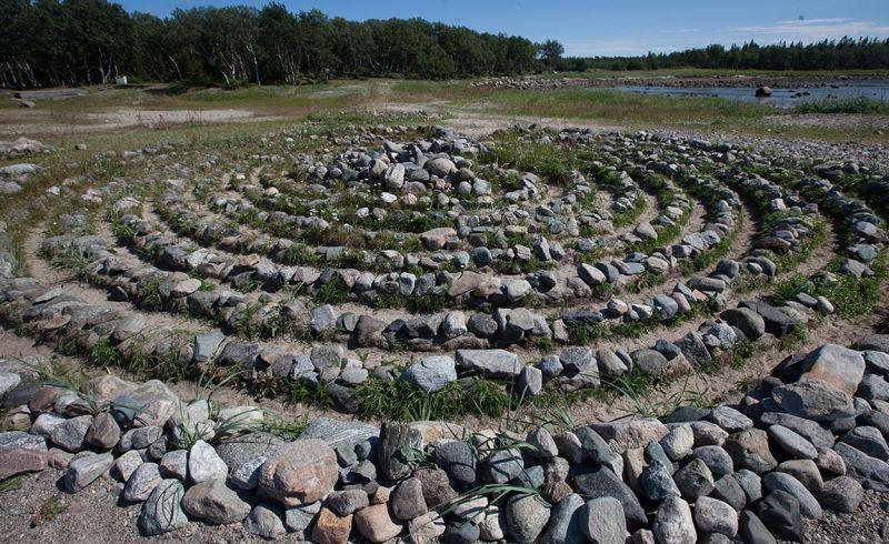 arhangelsk-i-oblast-dostoprimechatelnosti-foto-solovetskie-ostrova-kamennye-labirinty