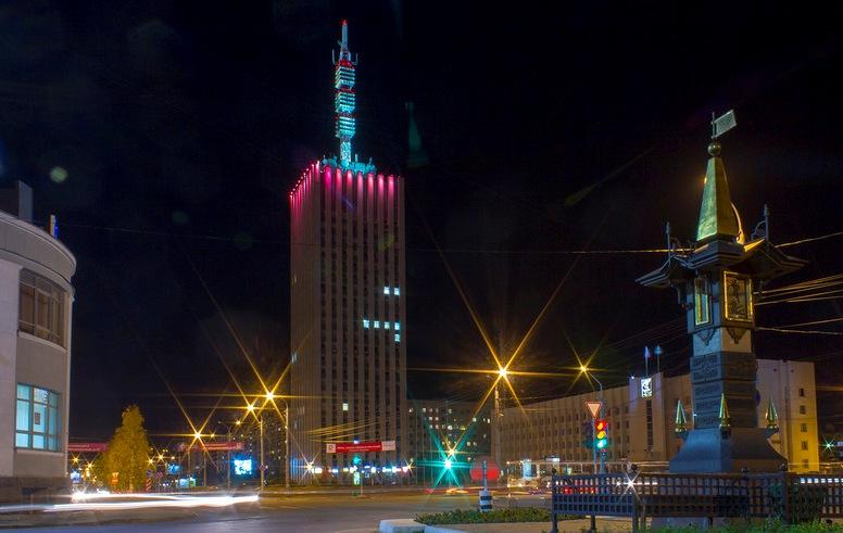 arhangelsk-i-oblast-dostoprimechatelnosti-foto-vysotka-24-etazha-v-arhangelske