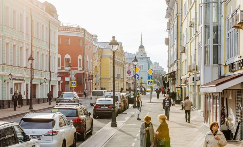 chem-ulitsa-otlichaetsya-ot-pereulka-raznitsa-i-otlichie-opisanie-i-foto-ulitsy-moskvy-ulitsa-v-tsentre-goroda